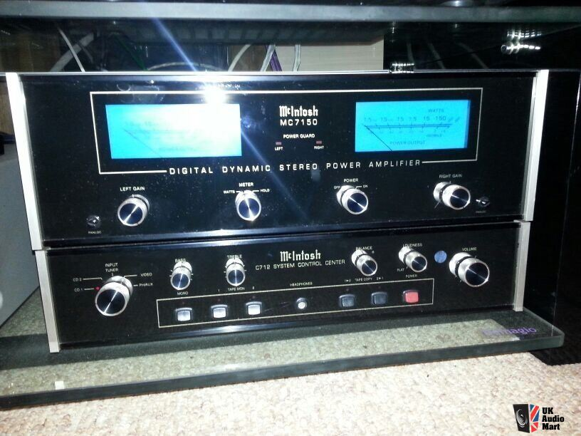 Mcintosh C712 Pre Amplifier Mc7150 Power Amplifier Photo