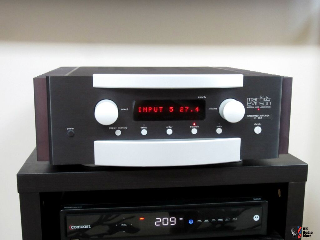Mark Levinson No 383 Integrated Amplifier Photo 627133